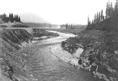 Easton before dam, May 1928.